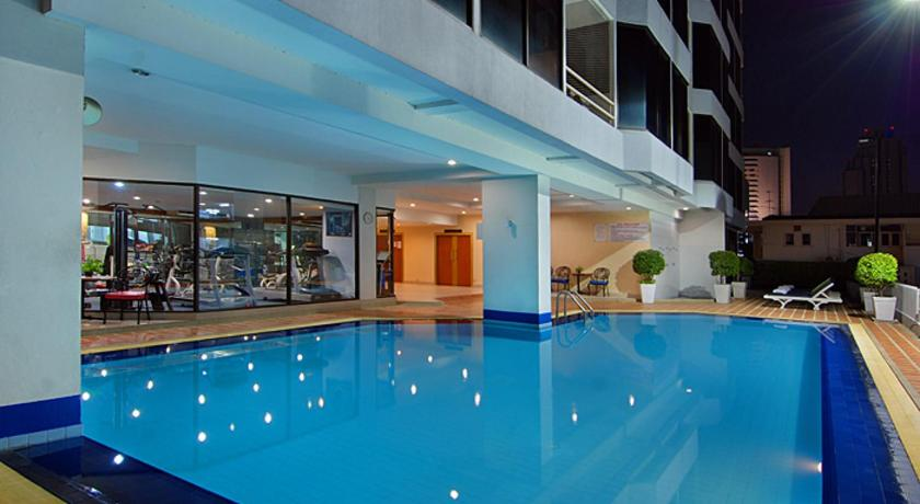 Best time to travel Bangkok Tai Pan Hotel