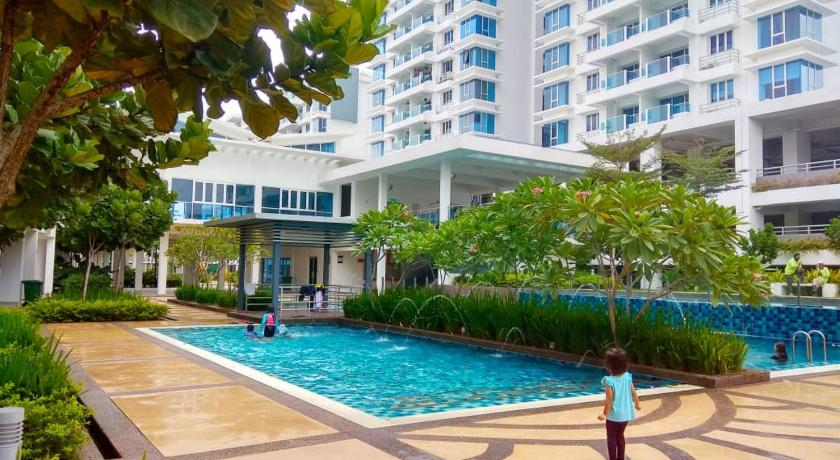 Putra 1 Pool Homestay Bandar Seri Putra Prices Photos Reviews