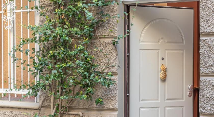Monocase Milano Booking Agoda Com Best Price Guarantee
