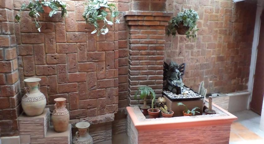 Best time to travel Mexico Hotel Terranova