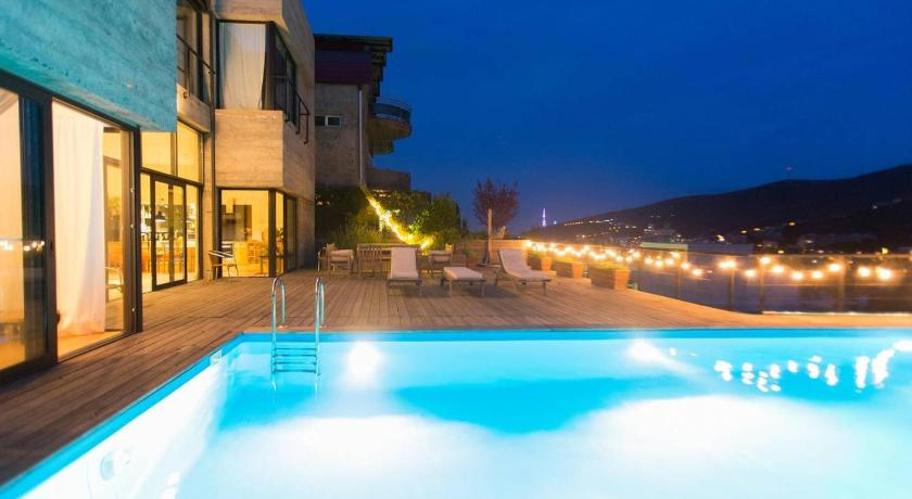 Best Price On Sunny House With Swimming Pool In Tbilisi Reviews