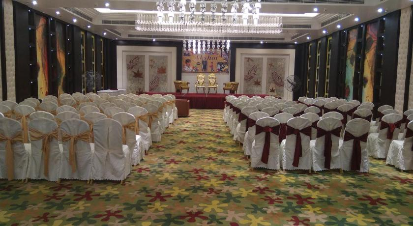 Best time to travel Patna KL7 Hotel & Banquets