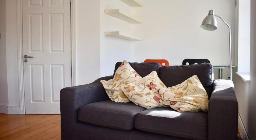 Modern Bright 1 Bedroom Apartment in Central Dublin