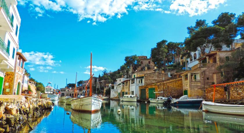 Best time to travel Majorca Apartamentos Vistalmar Mallorca