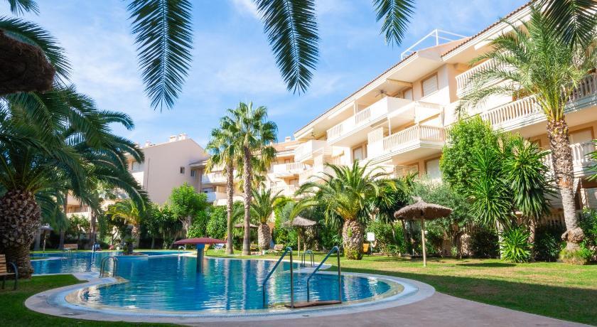 Best time to travel Spain Apartamento Nou Fontana