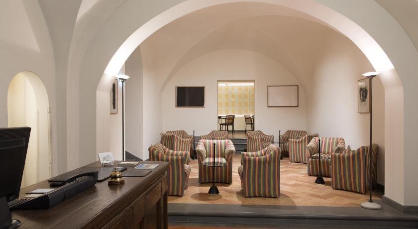 Hotel Tiferno Piazza Raffaello Sanzio 13 Citta Di Castello