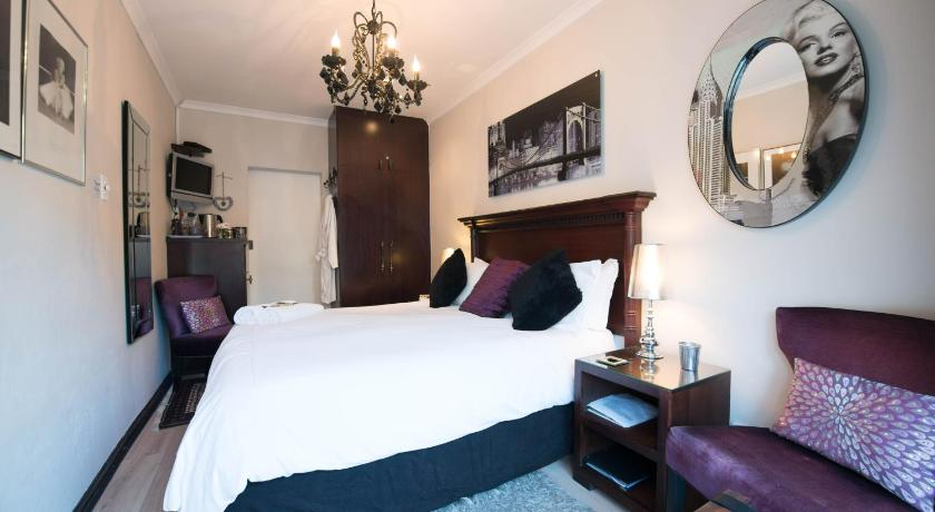 Best time to travel South Africa Keiskama B & B