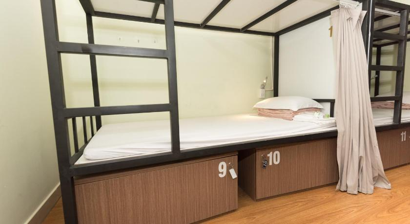 Bed in 6-Bed Female Dormitory Room Nha Chung Hostel