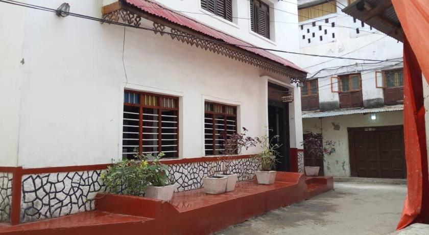 Best time to travel Tanzania Annex kiponda guest house