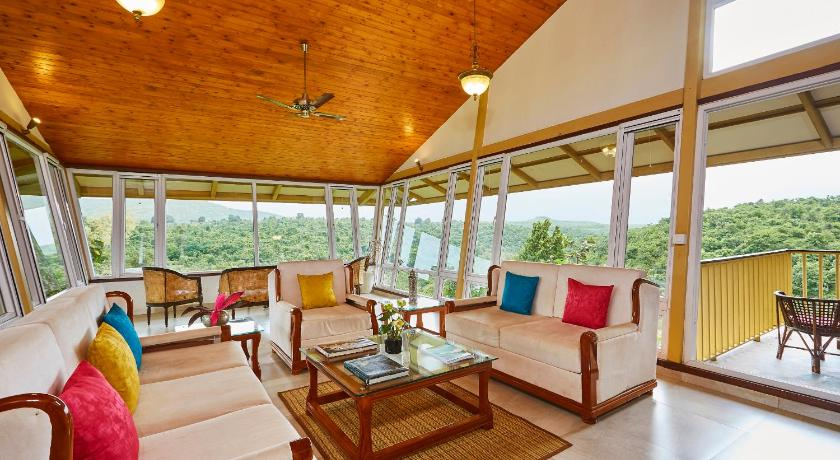 Best Price On Glass House Nashik In Khambale Reviews