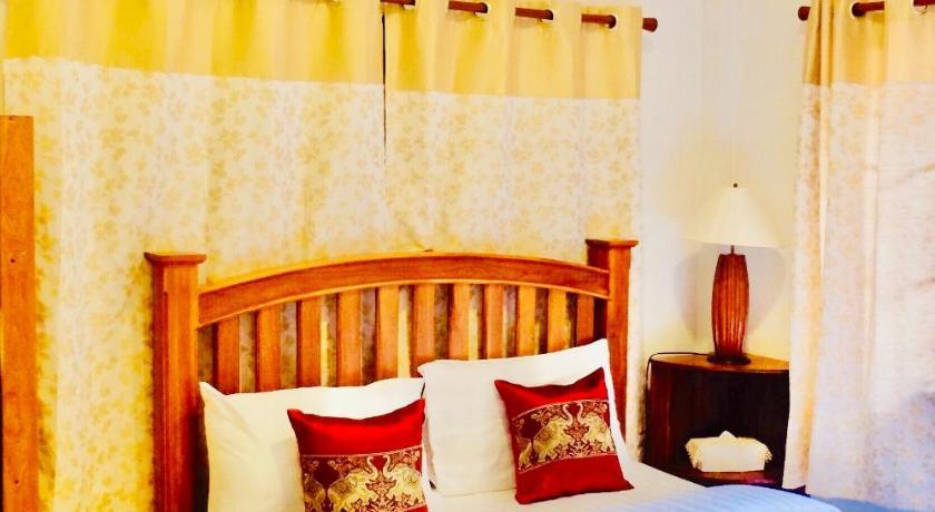 1000sqm Teak Wood Villa Chiang Mai Thailand Photos Room