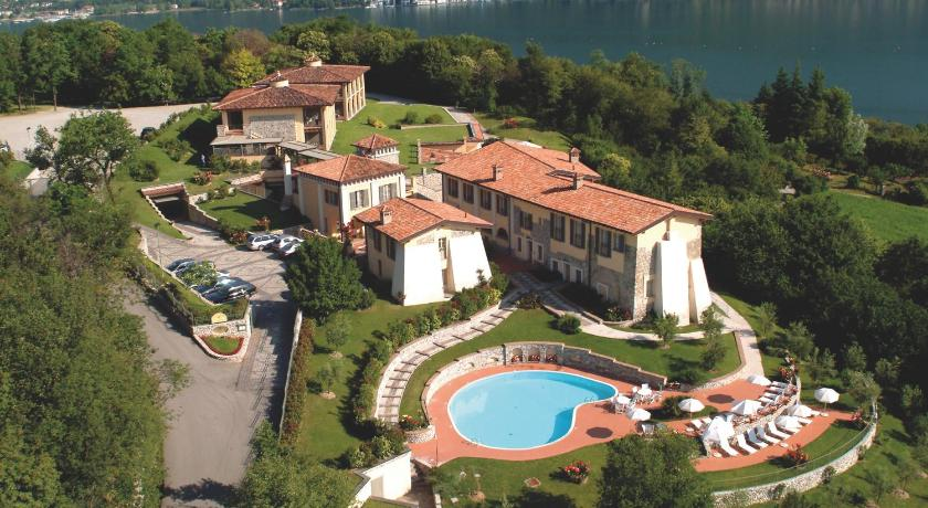 Best time to travel Italy Romantik Hotel Relais Mirabella Iseo