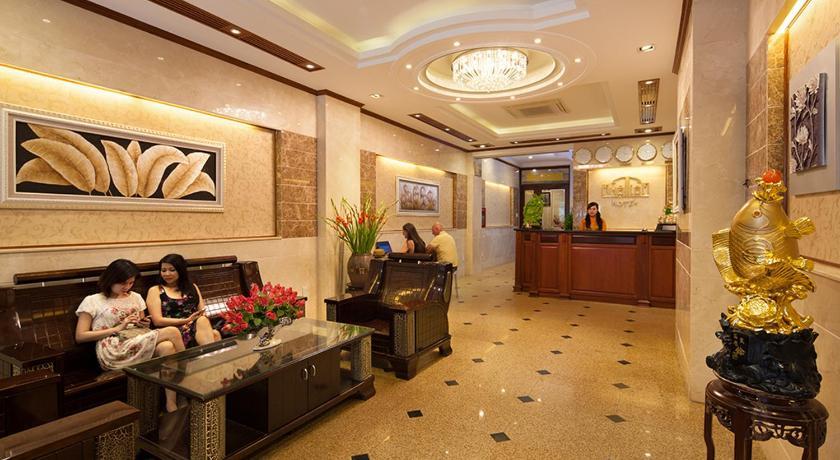 Best time to travel Vietnam A25 Hotel 44 Hang Bun