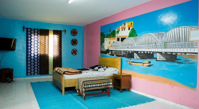 Best time to travel Senegal Sendou International House
