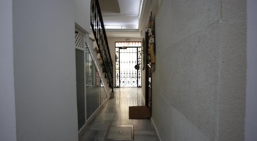 Terraza Tailandia Seville Book Rooms Photos Rates