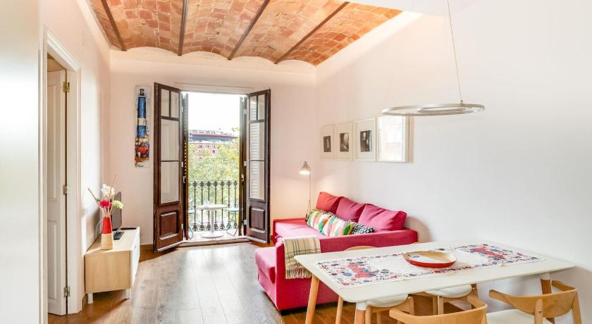 Design 1 Bed Apt near Plaza España - Barcelona