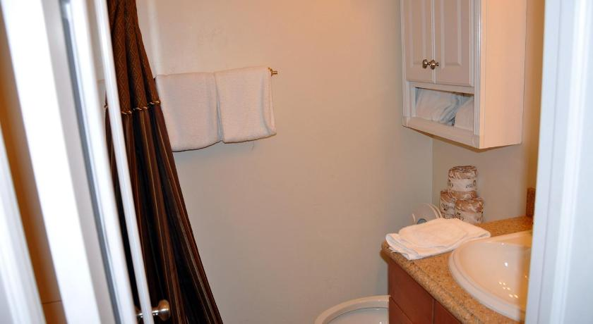 Cute and Convenient Studio in East Vail with Hot Tub access.
