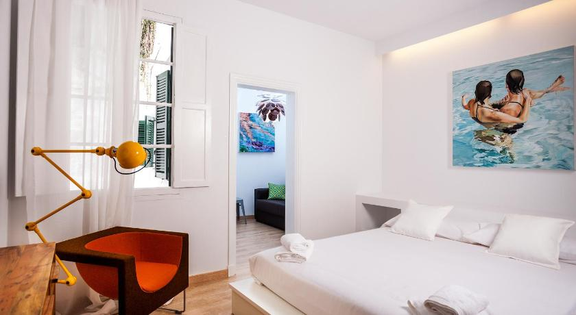 Best time to travel Menorca Cheap & Chic Hotel