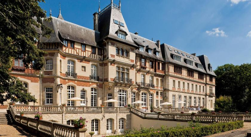Chateau de Montvillargenne