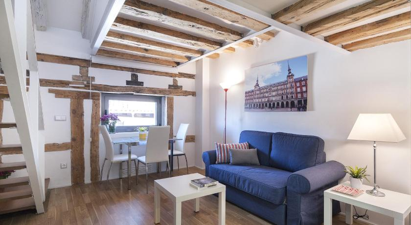 Friendly Rentals Plaza Mayor Comfort V