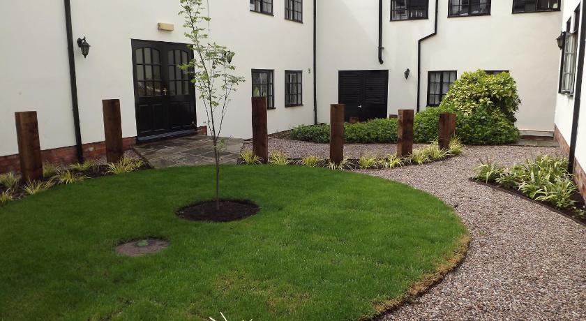 Crabwall Manor Hotel & Spa Parkgate Road, Mollington Chester