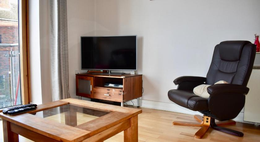 One-Bedroom Apartment 1 Bedroom Apartment beside River Liffey