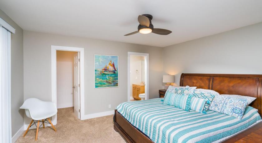 906 East Oceanfront lower Unit A 3 Bedroom Condo