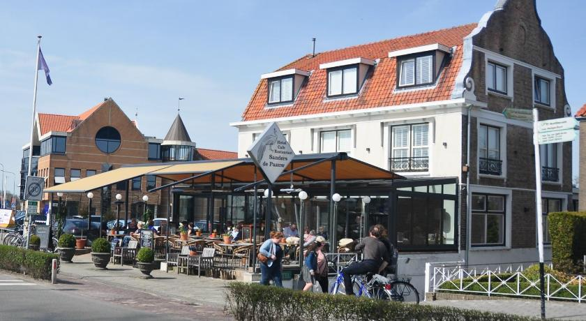 More about Hotel Sanders de Paauw