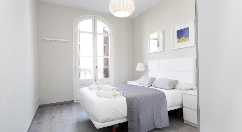 Priority Fira Apartments - Barcelona
