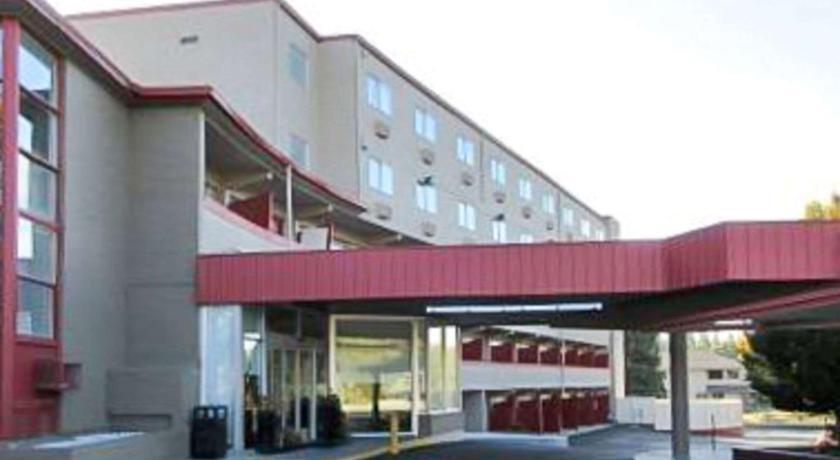 Red Lion Inn Suites Spokane Airport In Wa Room