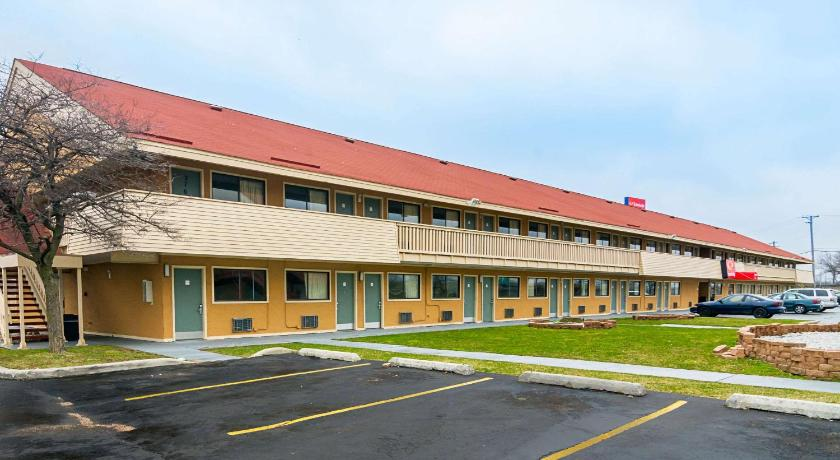 Best time to travel United States Econo Lodge