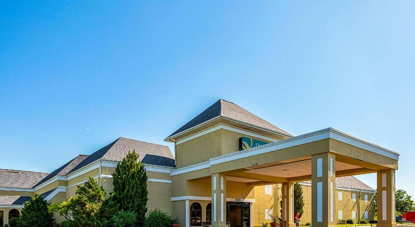Best time to travel United States Quality Inn & Suites Coldwater
