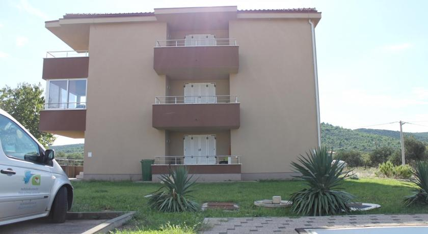 Apartment in Pasman with sea view, balcony, air conditioning, Wi-Fi (4564-1)