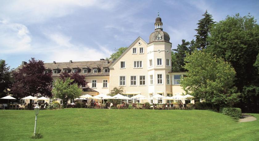Best time to travel Bielefeld Hotel Haus Delecke
