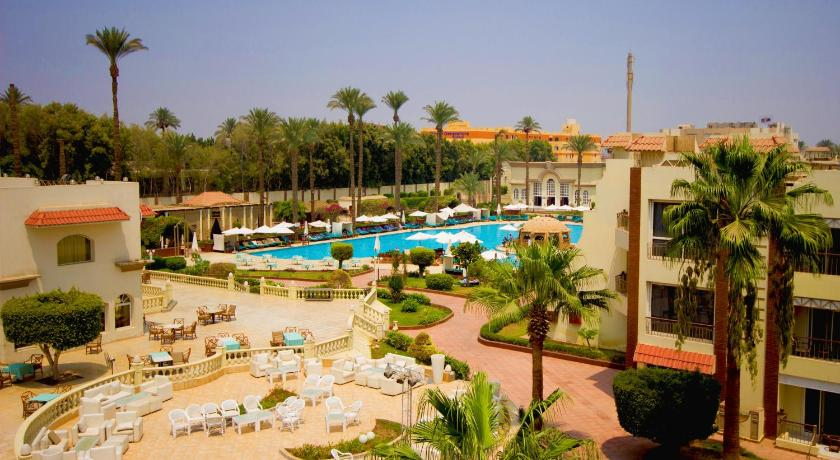Best time to travel Egypt Cataract Pyramids Resort