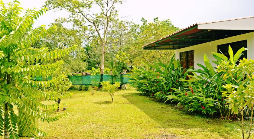 Best time to travel Costa Rica Canto del Mar Guest House