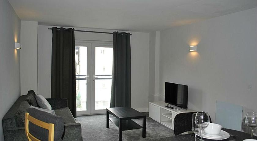 Best time to travel Cardiff Newly Decorated 1 Bed Apt in the Heart of Cardiff