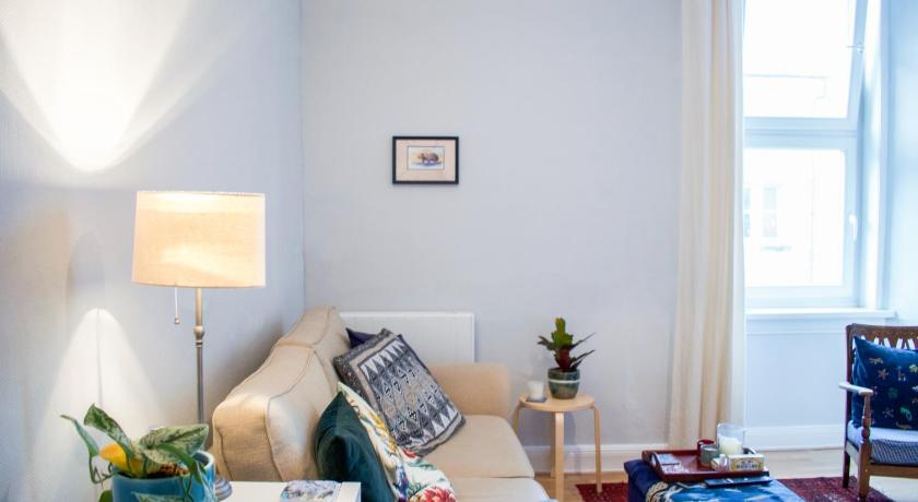 Bright and Cosy home near Haymarket