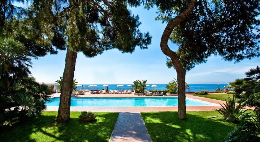 Best time to travel Reggio Calabria Grand Hotel Baia Verde