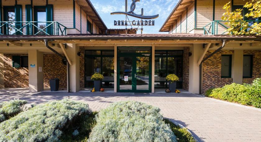 Best time to travel Budapest XIII. kerület Duna Garden Hotel