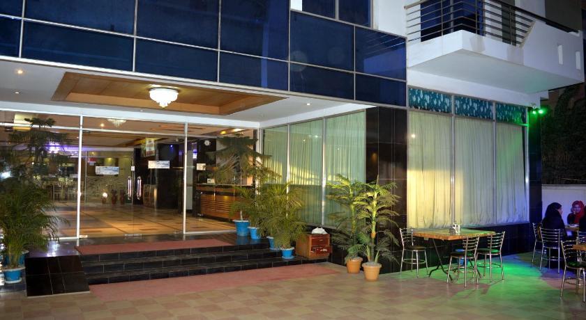 Best time to travel Cox's Bazar Uni Resort