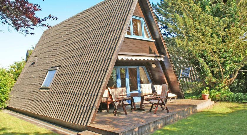 Zeltdachhaus - grosse Terrasse - moderne Ausstattung ...
