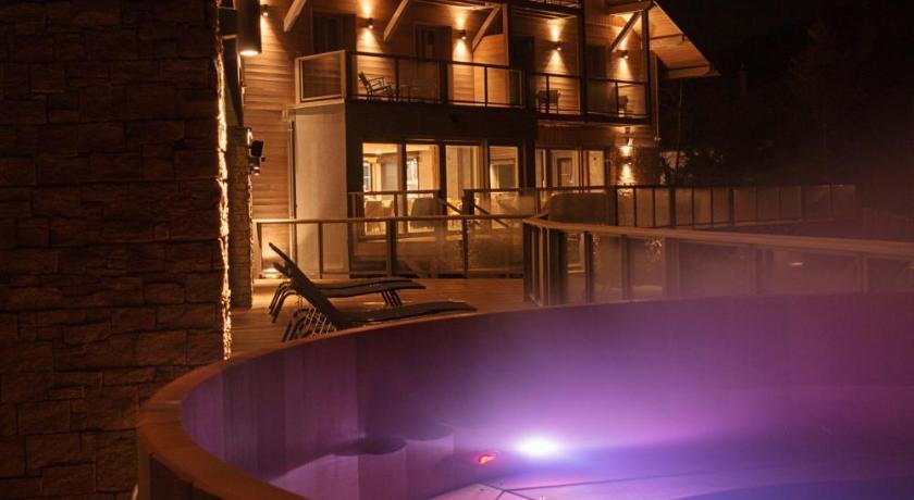 Hotel Interlaken Lounge Bar Spa Xonrupt Longemer Booking