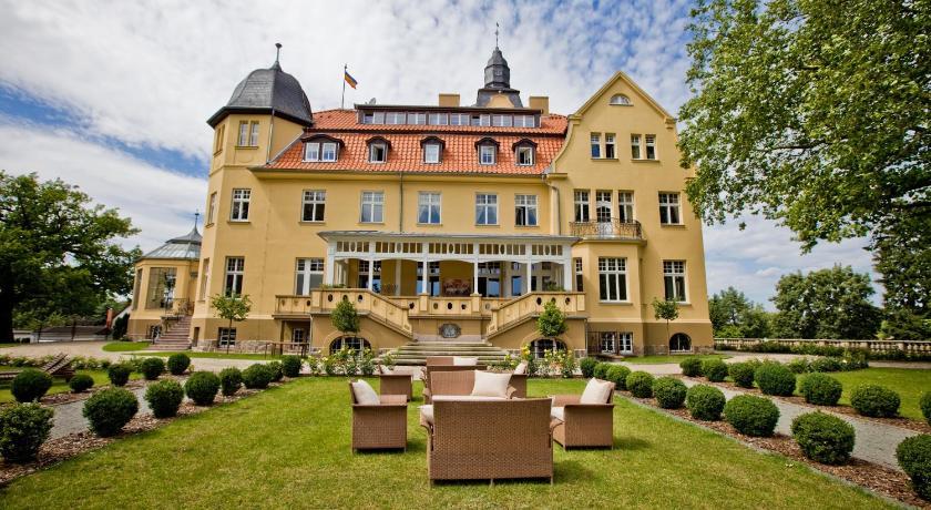 Best time to travel Germany Schlosshotel Wendorf