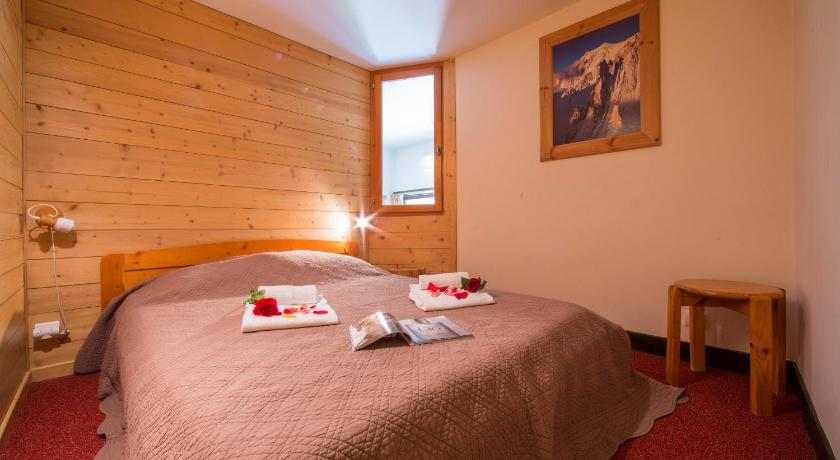 Sainte-Foy-l'Argentiere Apartment Sleeps 6 T454441