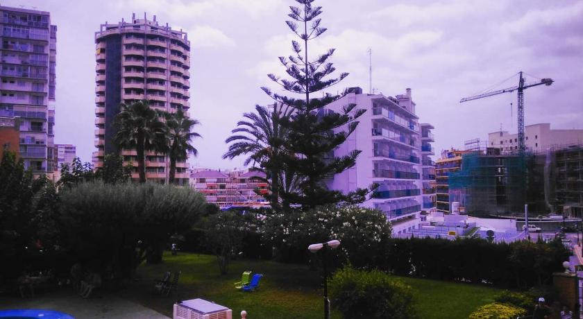 Best time to travel Costa Blanca Edificio Albaida