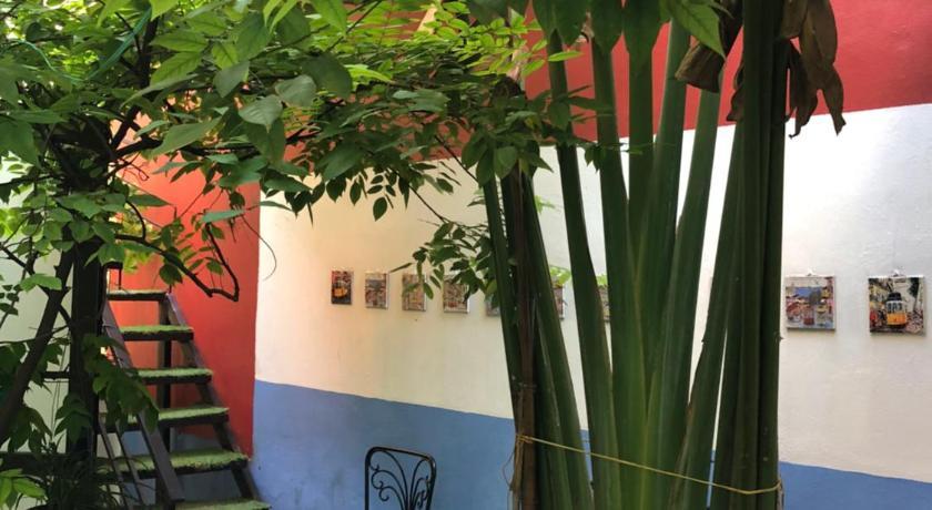 Ventana house