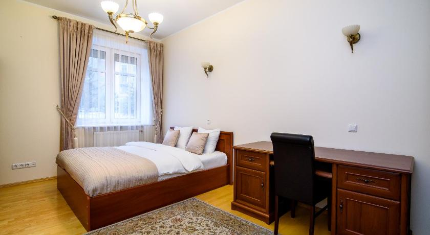 Classic apartment in the heart of Old Town