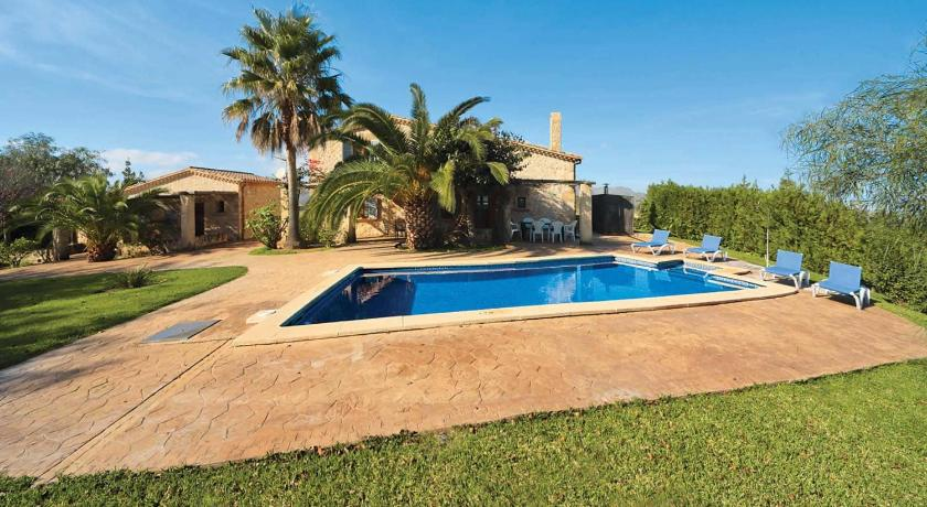 Best time to travel Spain es Barcares Villa Sleeps 4 Air Con WiFi