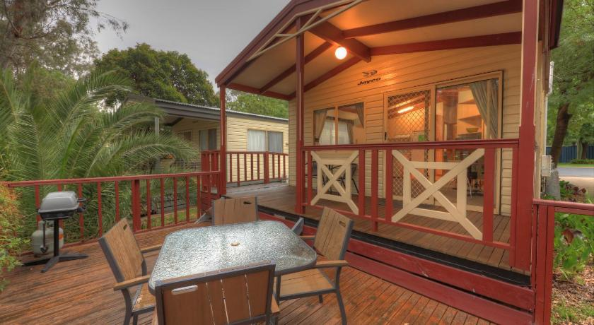 Moama Riverside Holiday Park Cnr Cobb Highway and Shaw